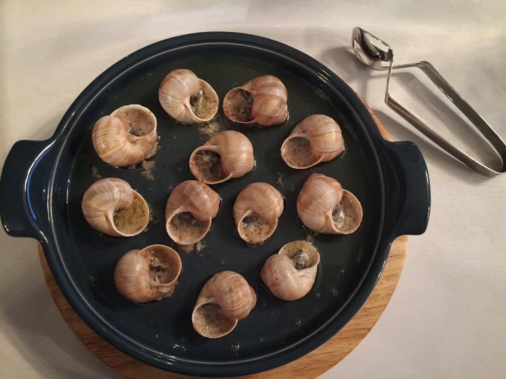 Ukrainian grape snails at Spotykach (why not?)