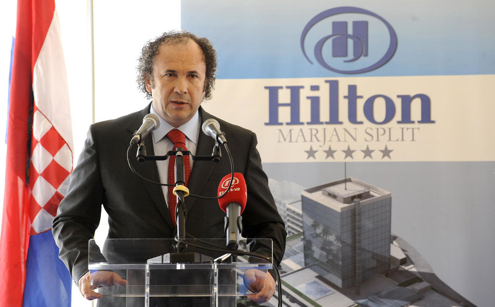 Kerum announcing a partnership with Hilton in 2009 (photo credit:  zeljko.kerum.hr )