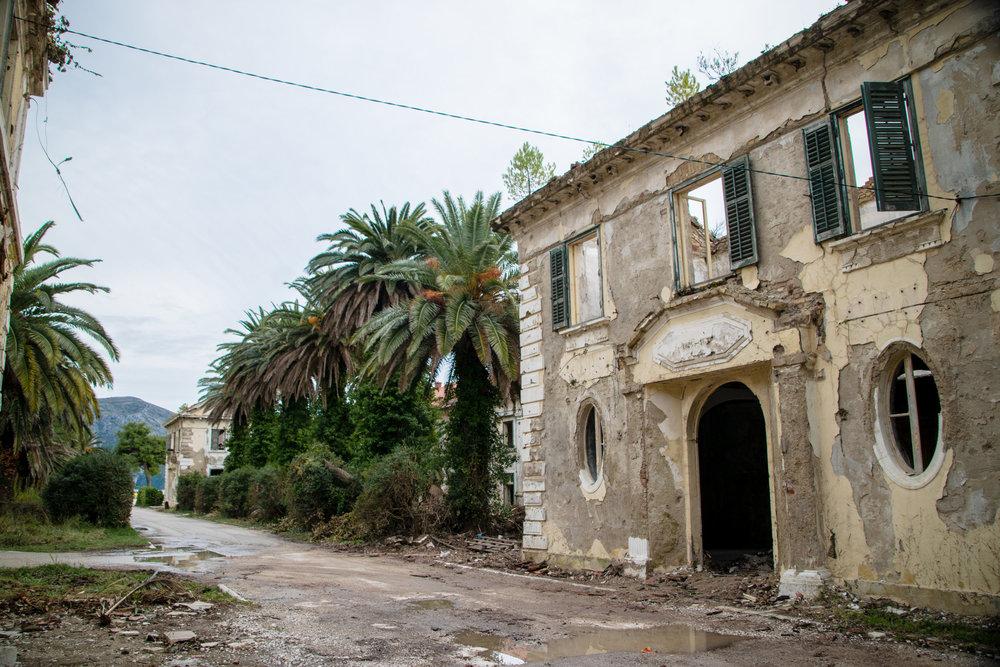 Croatia_Kupari1-0400.jpg