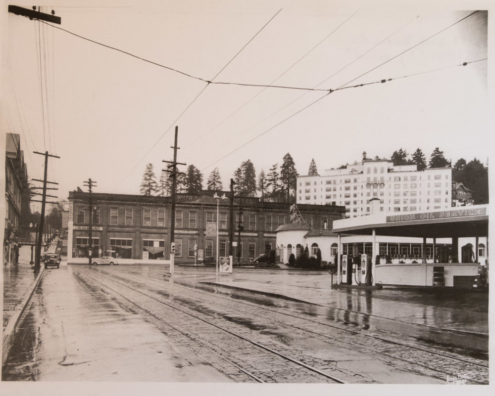 On 23rd looking toward west Burnside, 1939 or earlier
