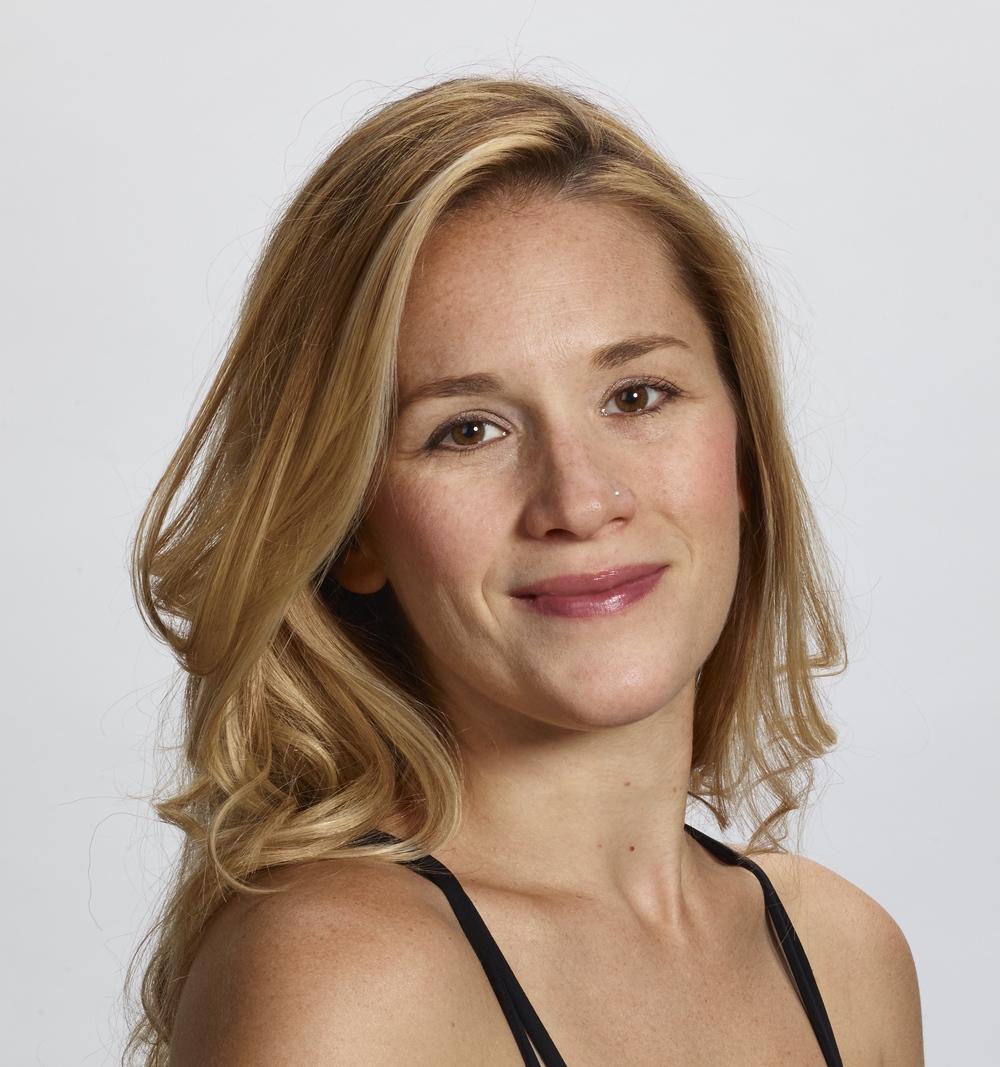 Lauren-founder-align-power-yoga-portland.jpg