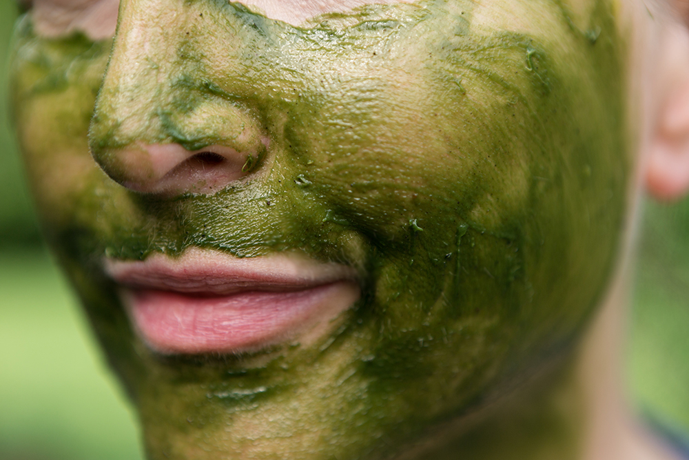 rejuvenating matcha facial mask