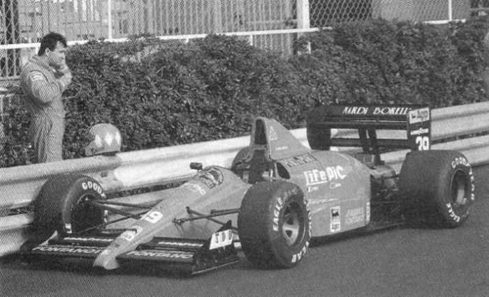 Giacomelli contemplating his options for lunch, Monaco 1990.