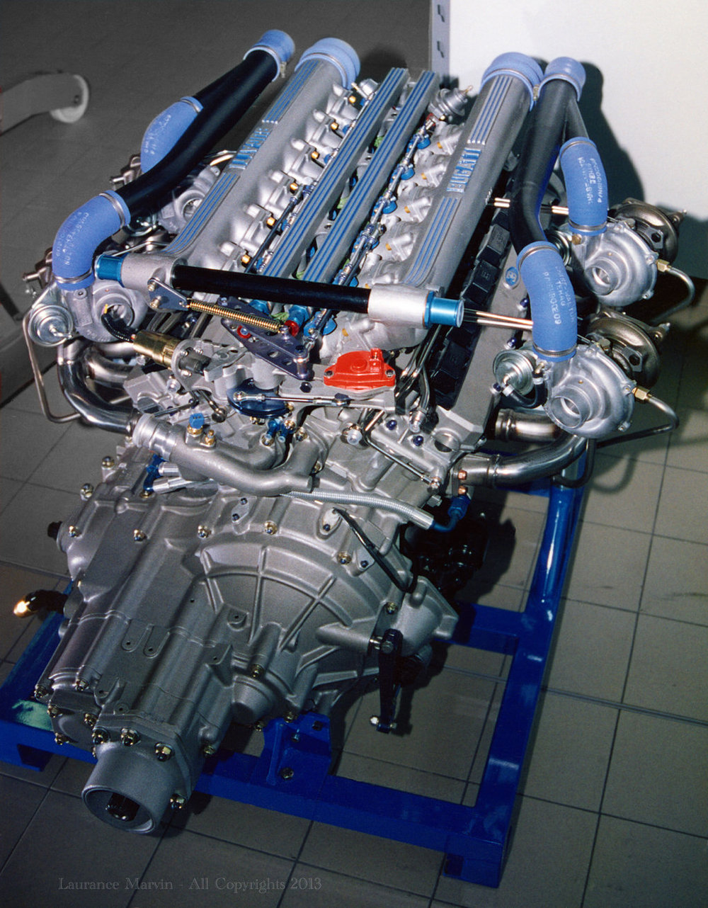 The amazing 3.5L Bugatti V12 fed by four turbochargers