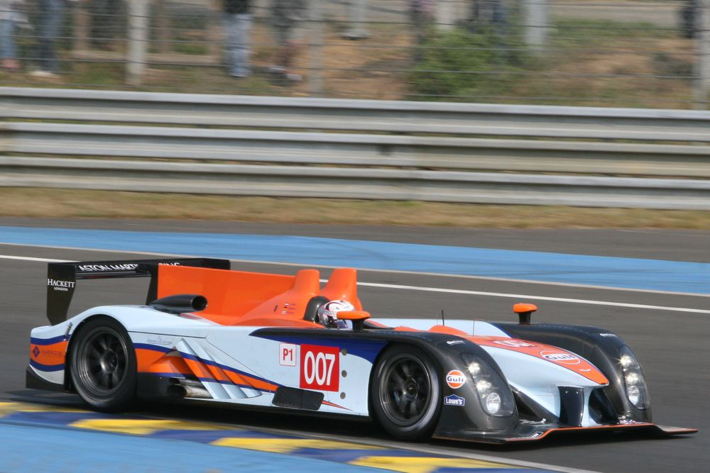 Broken Wings 2011 Aston Martin Amr One Carmrades