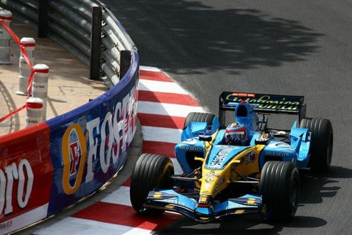 Alonso on his way to finish a decent 4th in Monaco