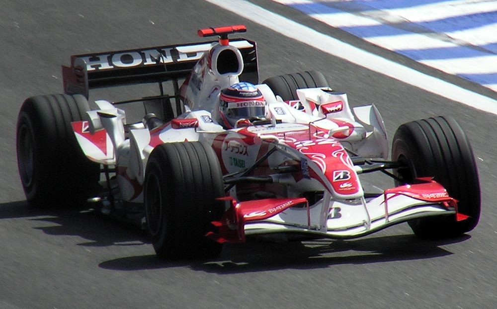 The SA06 replacing the aging SA05 after the French Grand Prix.
