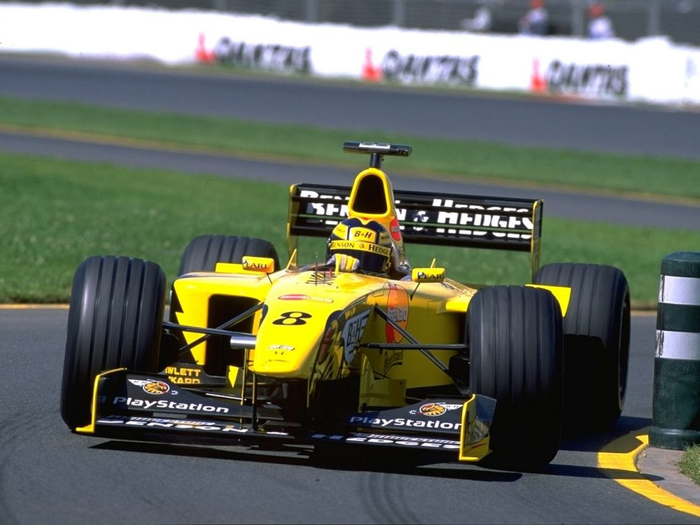 Frentzen on his way to second at Albert Park