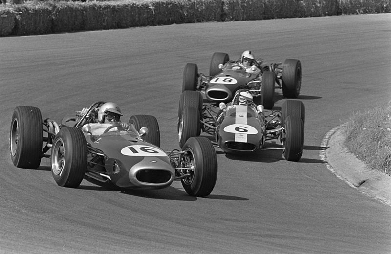 Jack Brabham's Brabham BT19 leads Jim Clark's Lotus 43 and Denny Hulme's Brabham BT20 at the Dutch GP