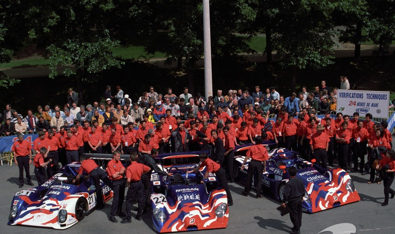 Nissan's 1999 Le Mans team. Left is the backup Courage C52-Nissan.