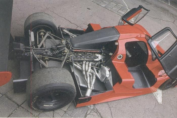 Fiat demanded the 048SP to be fitted with Ferrari's superior V12.