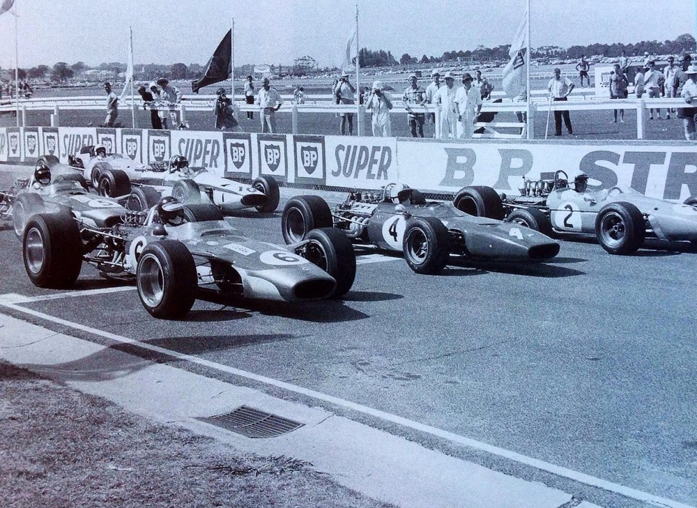 Jim Clark, Chris Amon and Jack Brabham on the front row at the 1968 Australian Grand Prix
