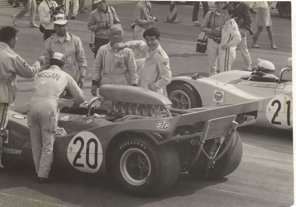 Getting ready, 5th Japan GP 1969.