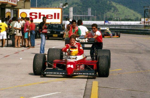 Bernd Schneider arriving in style, Pre-Season Test Jacarepaguá, Brazil.