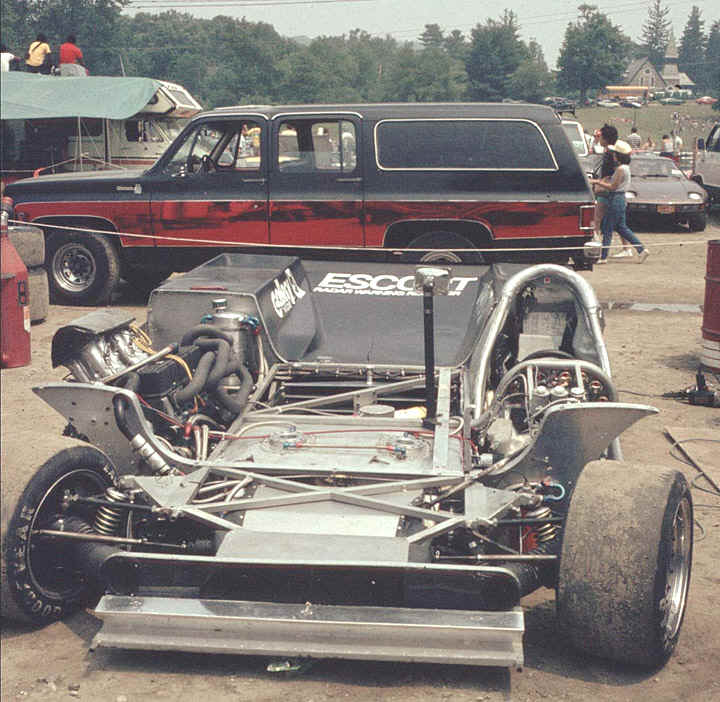 The ingenious split chassis allowed for one giant venturi tunnel.