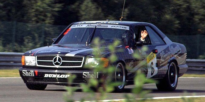 The steady 500 SEC even gave its drivers time to wave. Spa Francorchamps 1989.
