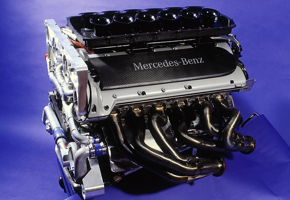 The disused AMG V12 engine was ideal for the racing Zonda.