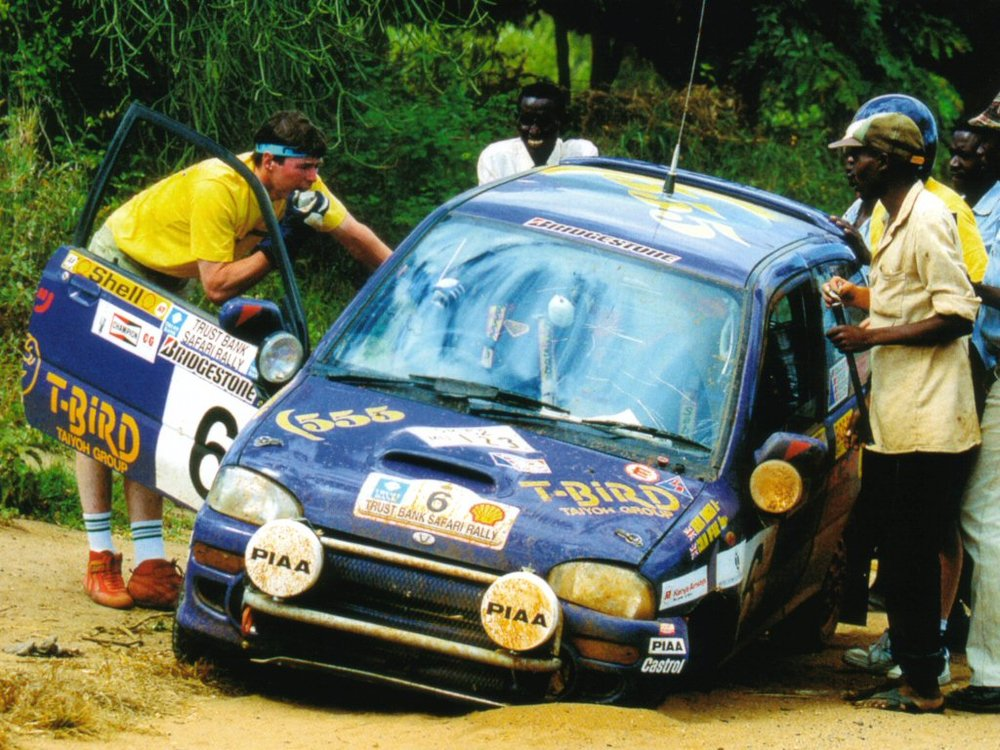 McRae stranded with suspension failure, Kenya 1993.