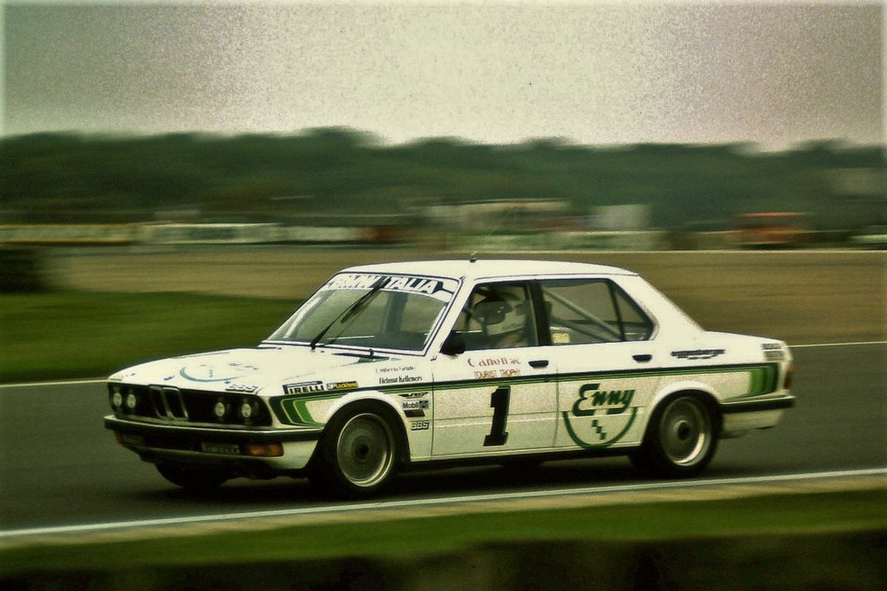 BMW was forced to revert to the humble 528i for the 1982 season.