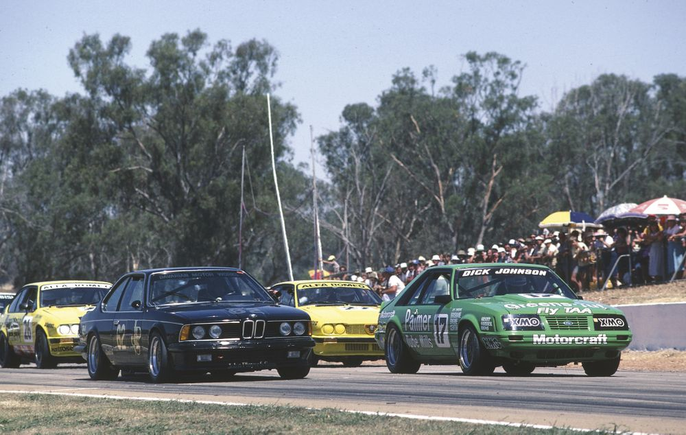 The JPS 635 CSi had little to fear from the weakened Australian teams.