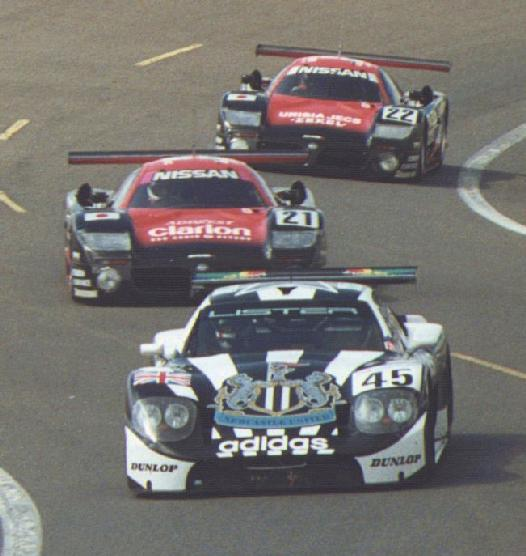 The GTL being chased by the fearsome Nissan R390 GT1.