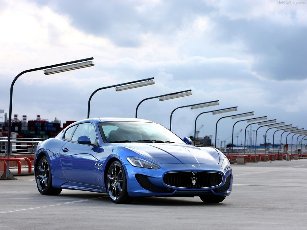 The Sport version further developed and modernized the Granturismo, which was almost a decade old by this point.