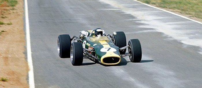 Jim Clark at Kyalami, the final outing for the H16-Lotus.