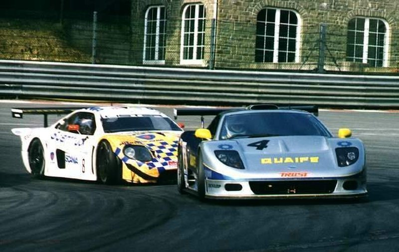 The Quaife ahead of the factory Lister Storm GTL of Ian McKellar and Ian Flux, Spa Franchorchamps, 1998,
