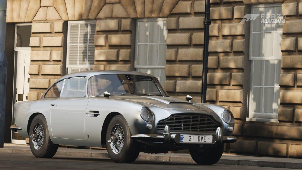 Aston Martin DB5 (2).jpg