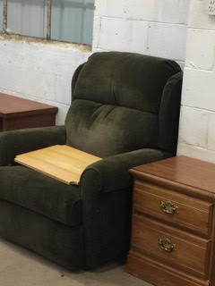 recliner-sidetable.jpg