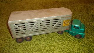 Green Structo Farms semi truck.jpeg