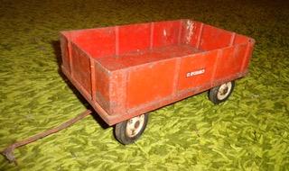 Red IH - McCormick barge wagon.jpeg