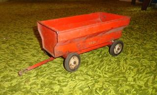 Red Tru-Scale grain wagon.jpeg