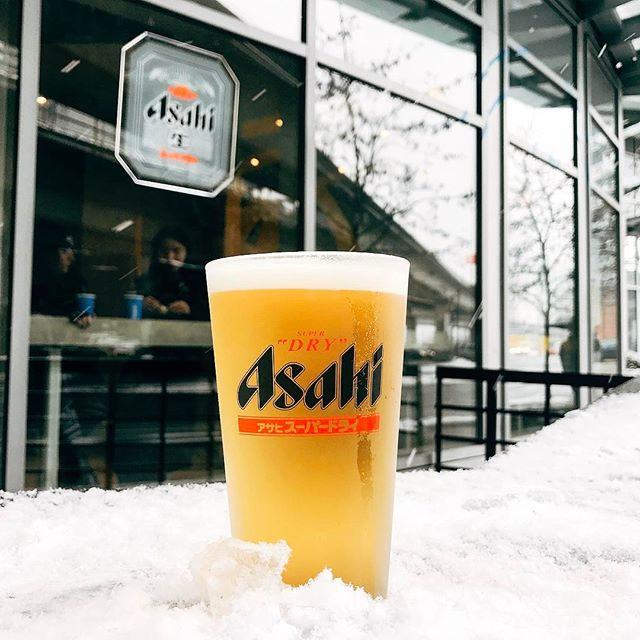Chilled. Asahi draft beer is now available at TAKO! Perfect for your Friday night.🍻