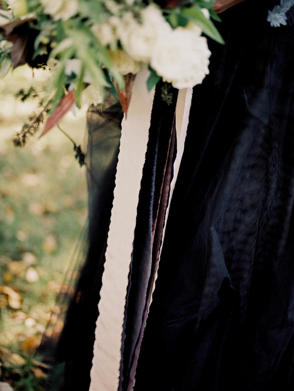 reneehollingsheadphotography_dark+moody-120.jpg