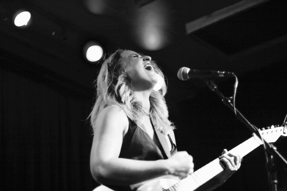 📷 Nikki Barron @ High Dive, Seattle, WA