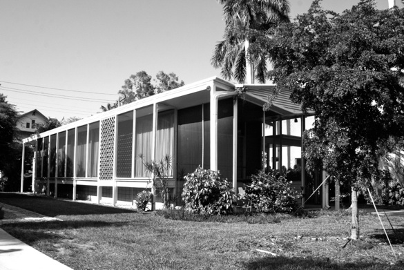 Photo 4: Cordova House Number 2: Architect William Frizzell 1957