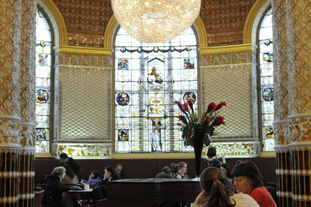 Victoria and Albert Museum Cafe - The Victoria and Albert Museum, Cromwell Road, London SW7 2RL, UK - Photo courtesy of Son of Groucho