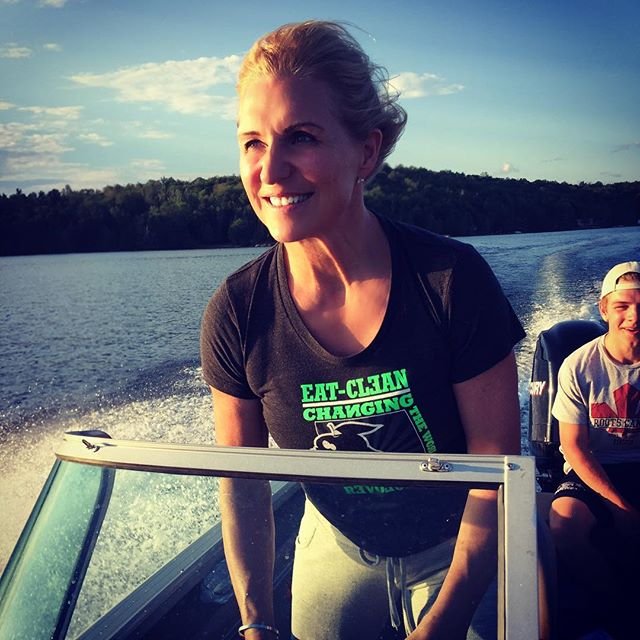 As the proud owner of my boating license I learned I need a lot more practice and my RayBans. Thanks to my nephews who let me have a go. @rbhs_raybans #boating #license #lakes #cottage #eatclean #eatingclean #eatcleandiet #toscareno #tosca @william.vandiepen @ryan.vandiepen @ethan.vandiepen @ronvandiepen