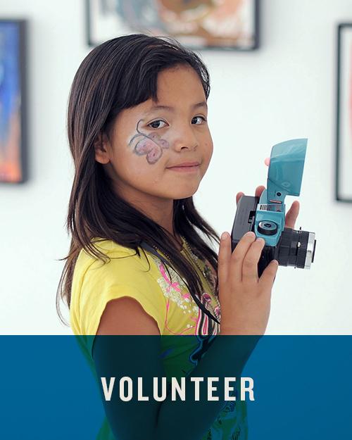 HMPG_BtmImg_Volunteer3.jpg