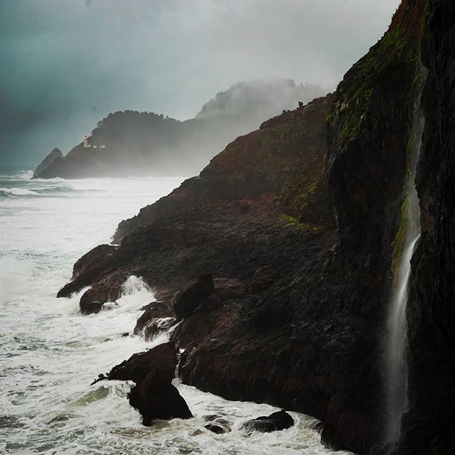 The Oregon coast is so dreamy and dramatic when it rains 😍