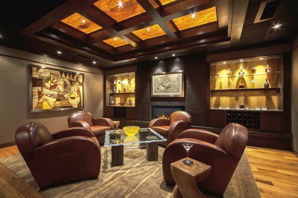 Bourbon Tasting Lounge.jpg