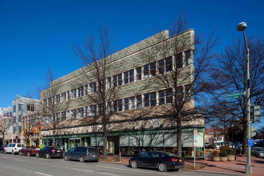 660 Penn Ave photo 656 - 666_004.jpg