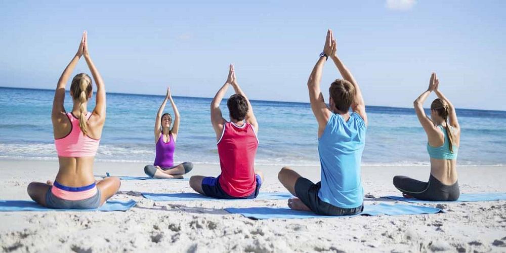Sundial_Blog_Enjoy-Yoga-on-the-Beach-at-Sundial-Resort_Hero.jpg