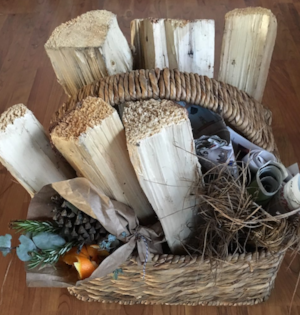 Bonfire kit, wood, kindling