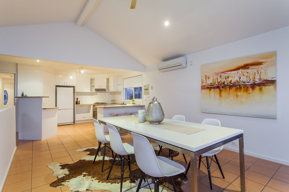 DiningKitchen-2_Denham_Crt__Highton.jpg
