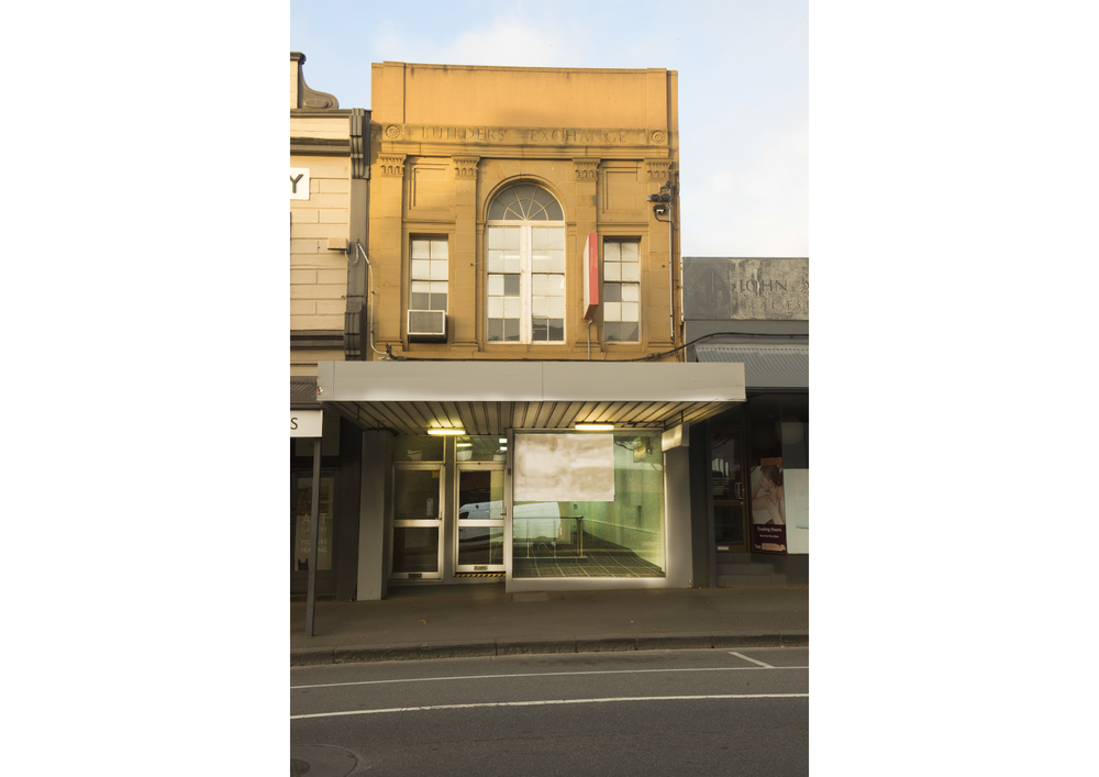 Bendigo Bank Facade White Border.png