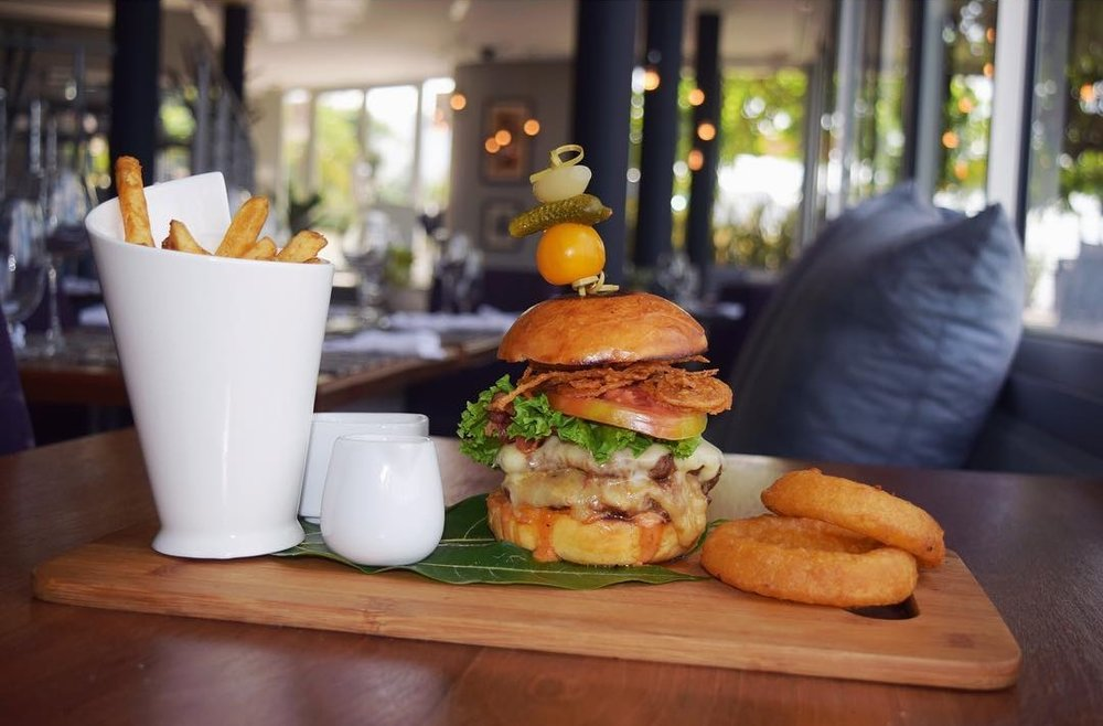 """The OBI Burger"" - Photo crédit: OBI Restaurant"