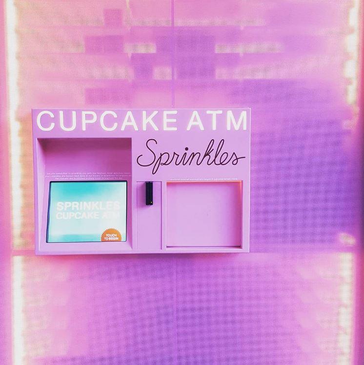 Sprinkles Cupcake ATM @USC