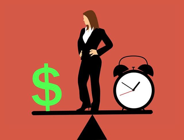 business-woman-3160010_640 (1).jpg